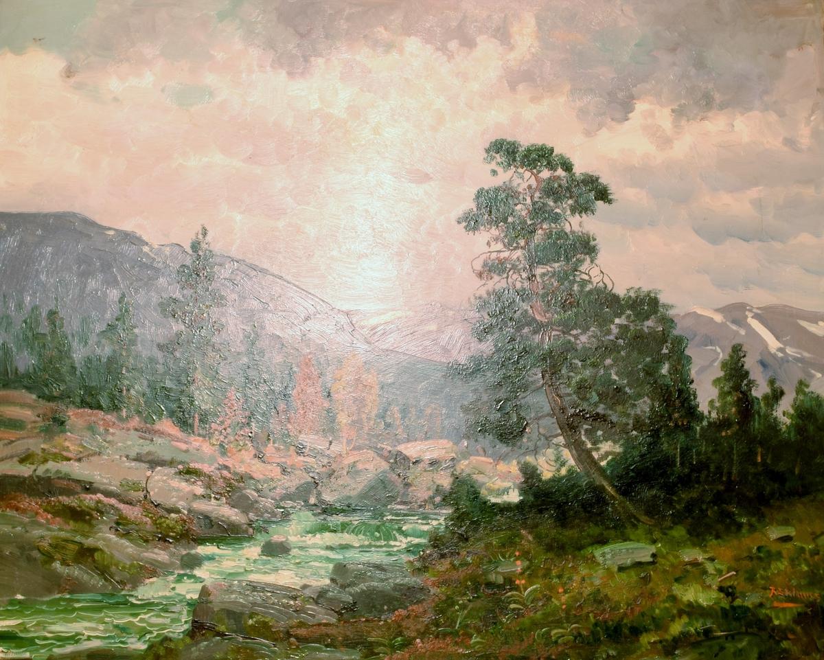 Landskapsmaleri av en bekk omgitt av fjell og skog. Et furtre bøyer seg over bekken.
