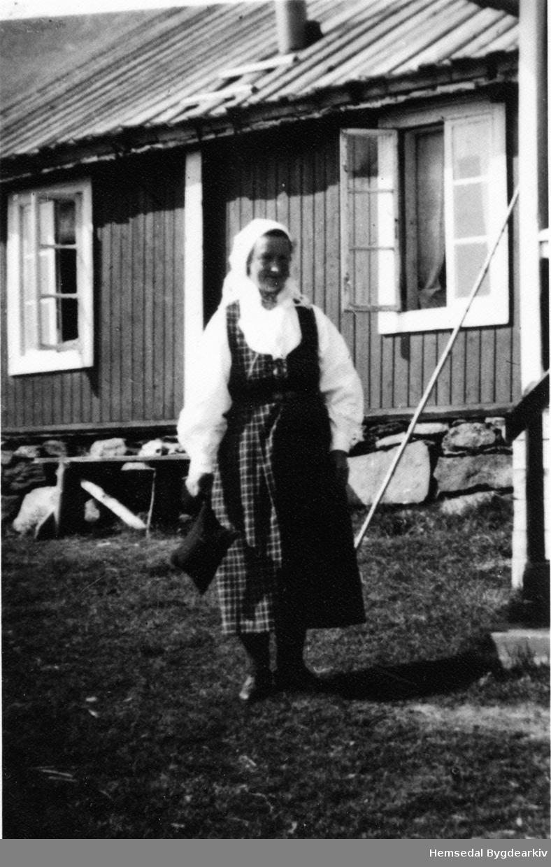 Anne Jordheim på Jordheimstølen, 64.1.