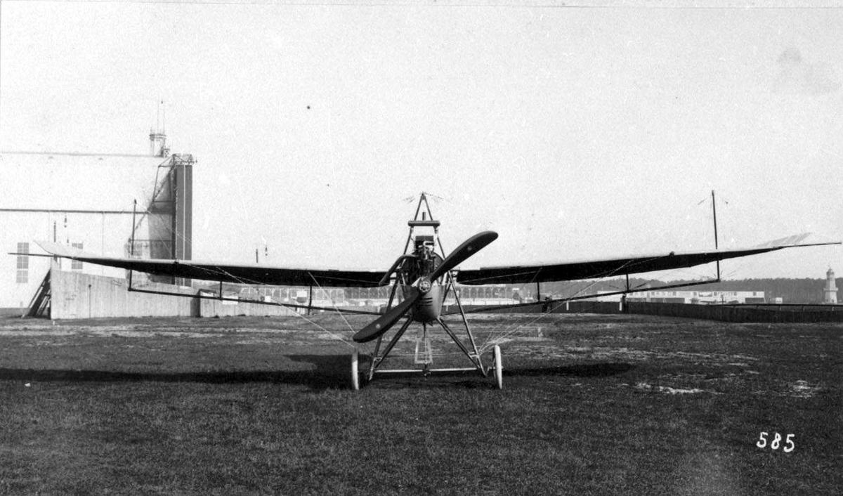 Ett fly på bakken, Albatros. B