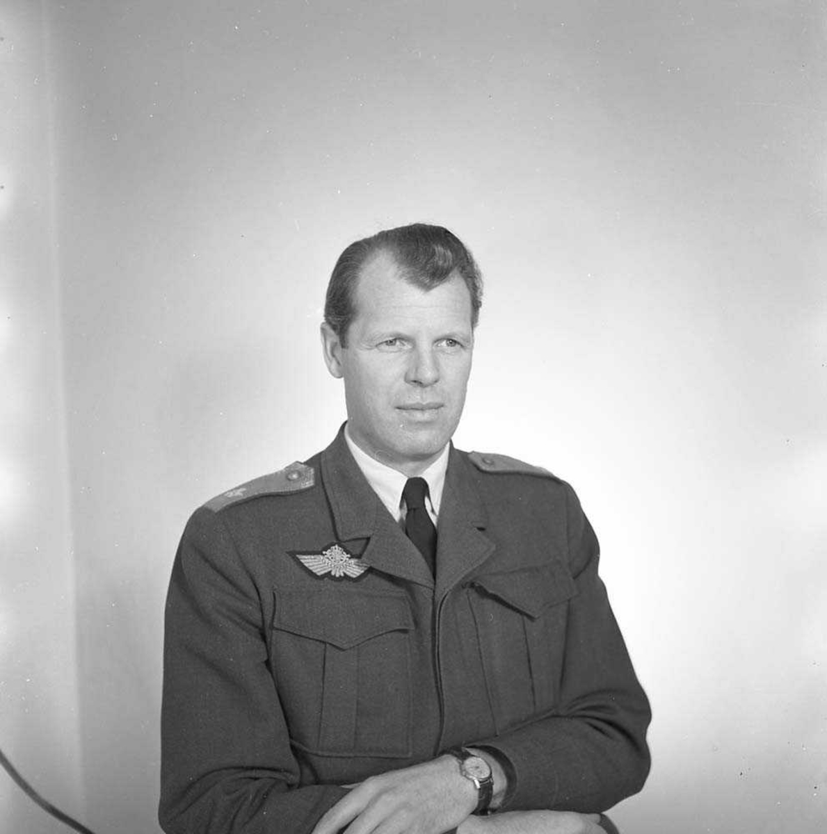 Portrett av General Major E. Tufte Johansen, LK sjef.
