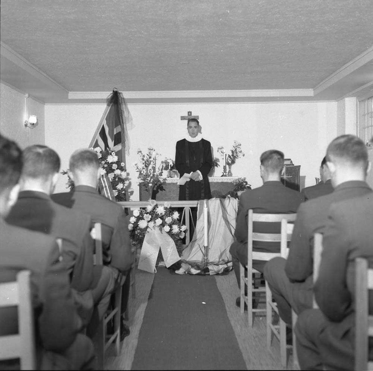 Begravelsen til Vebjørn Henriksen, 334 skvadron, Bodø flystasjon.