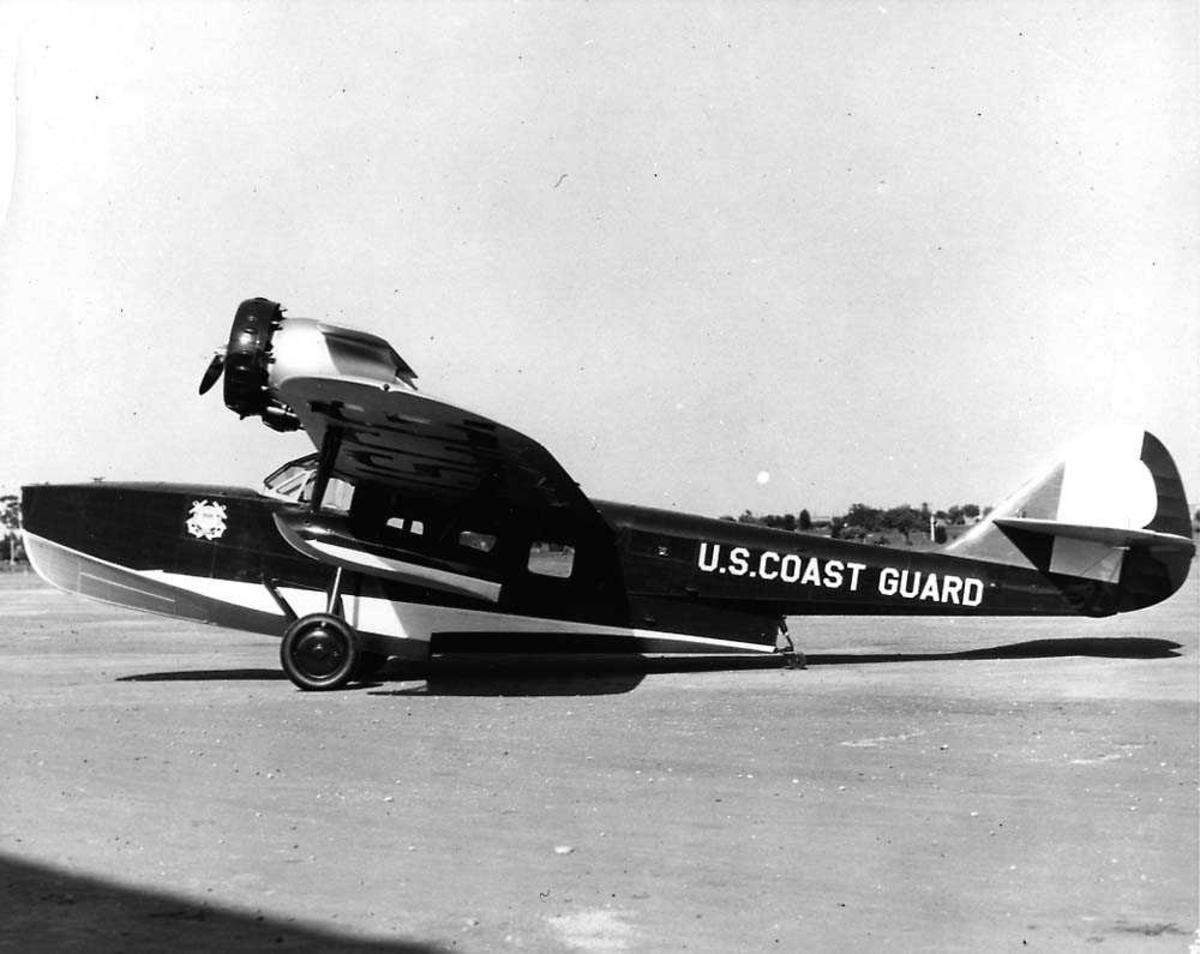 Ett fly på bakken, Douglas Dolphin III RD-2 fra US Coast Guard.