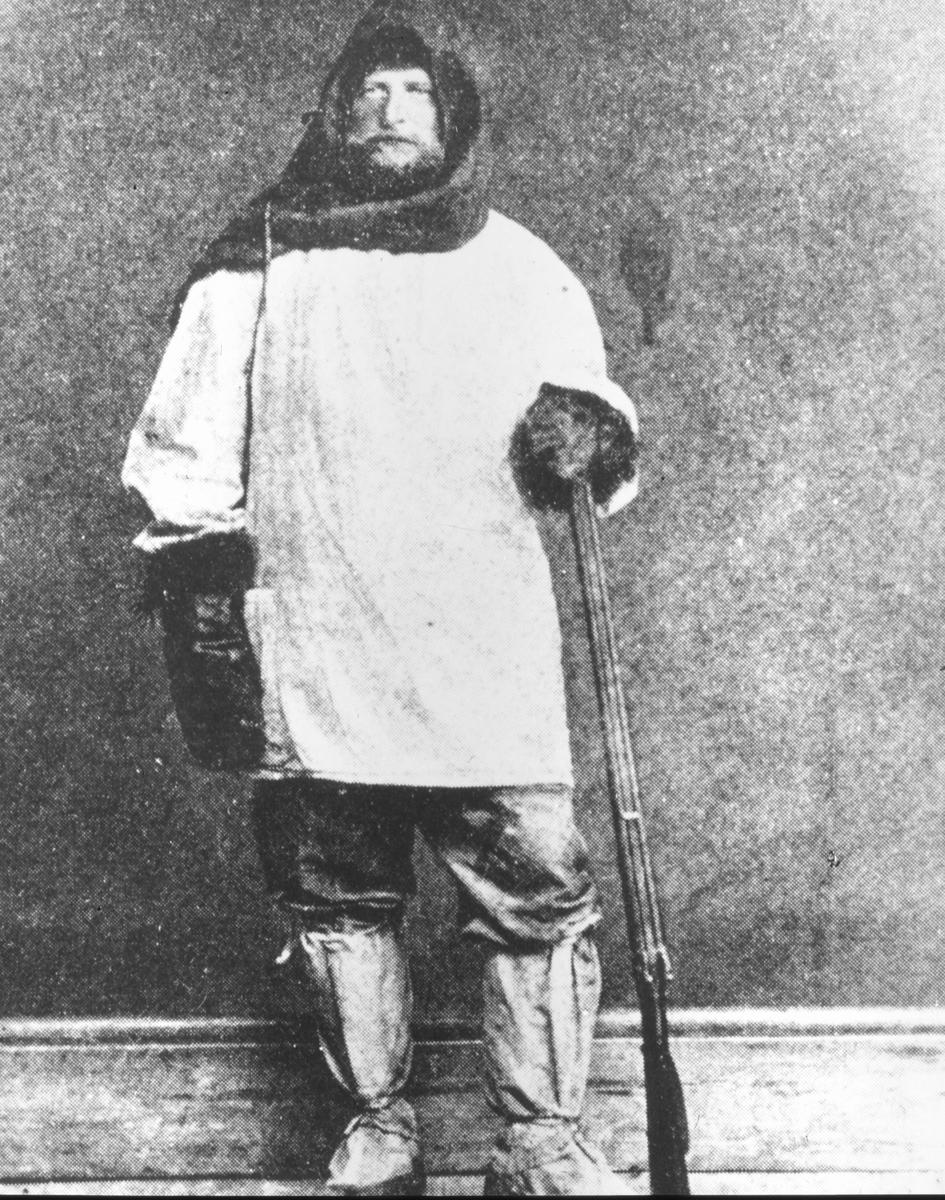 Övrigt: Andreé klädd i eskimokläder.