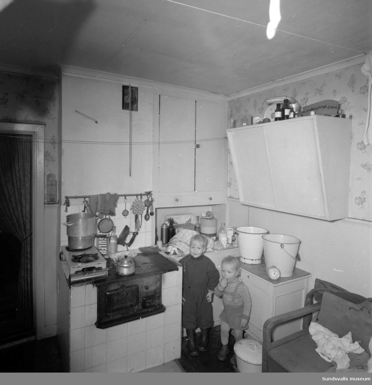 Familjen Philström bor i en dålig bostad i Skönsberg.