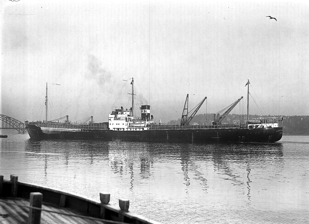 Fartyg: CLARE HUGO STINNES