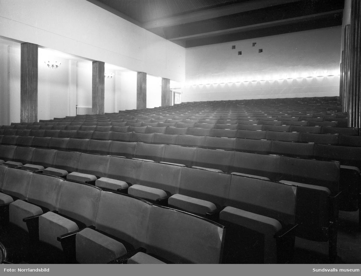 Interiörbilder från den numera rivna biografen Röda Kvarn i Sundsvall.