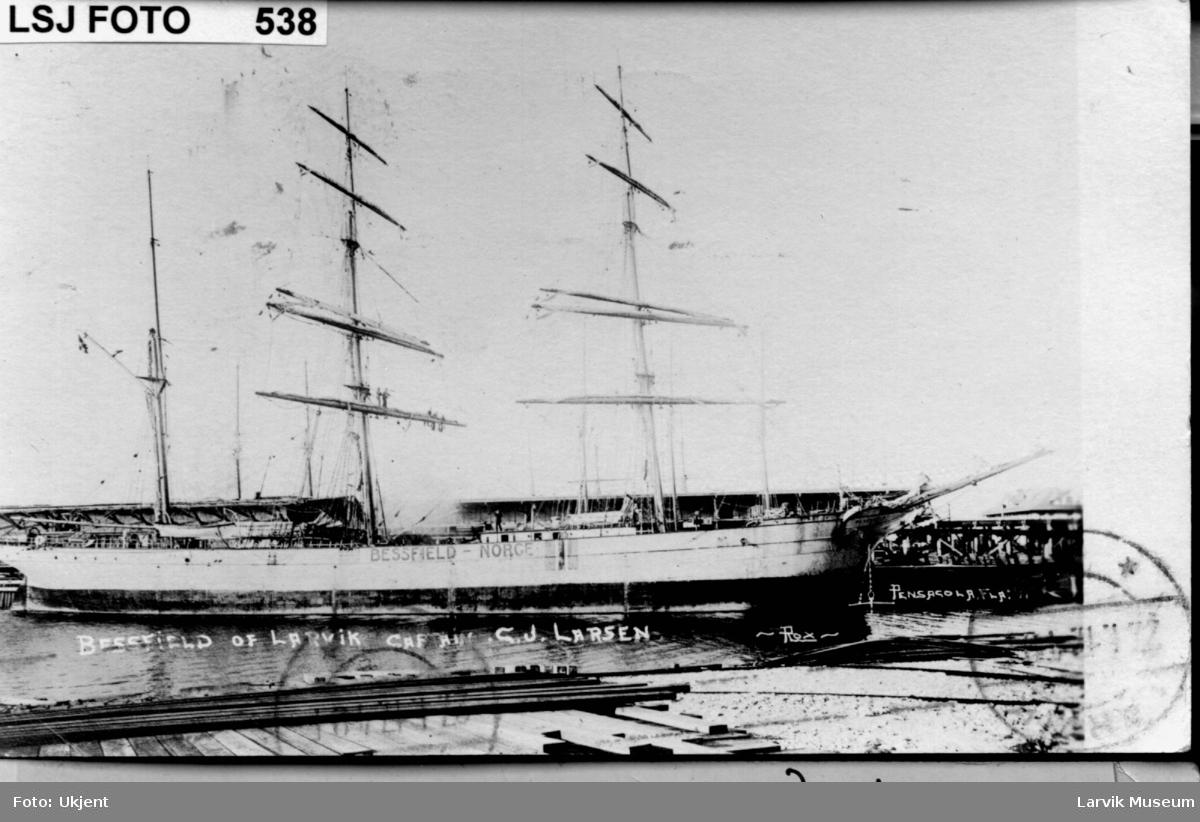 Fartøy, seilskip, barken Bessfield av Larvik.