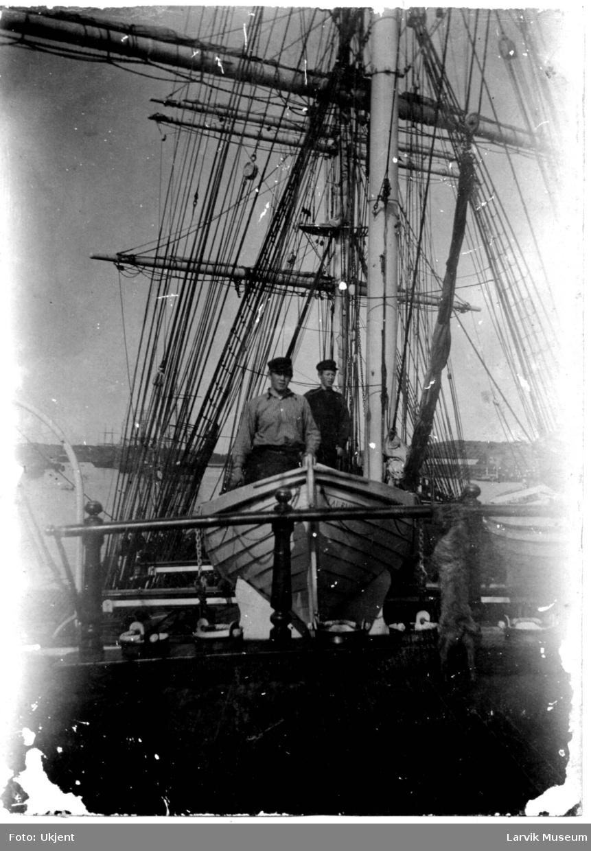 """fartøy, seilskip, jernbark """"Solheim"""" av Larvik"""