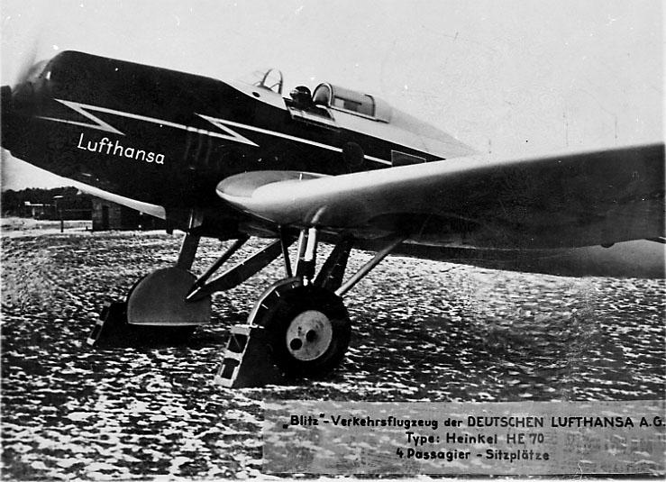 """1 fly på bakken. Heinkel HE 70 D- ...  """"Bliz"""" fra Lufthansa."""