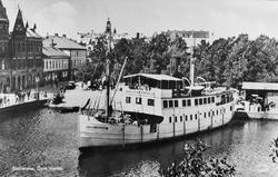 Eskilstuna. Övre Hamn. Äkta Fotografi