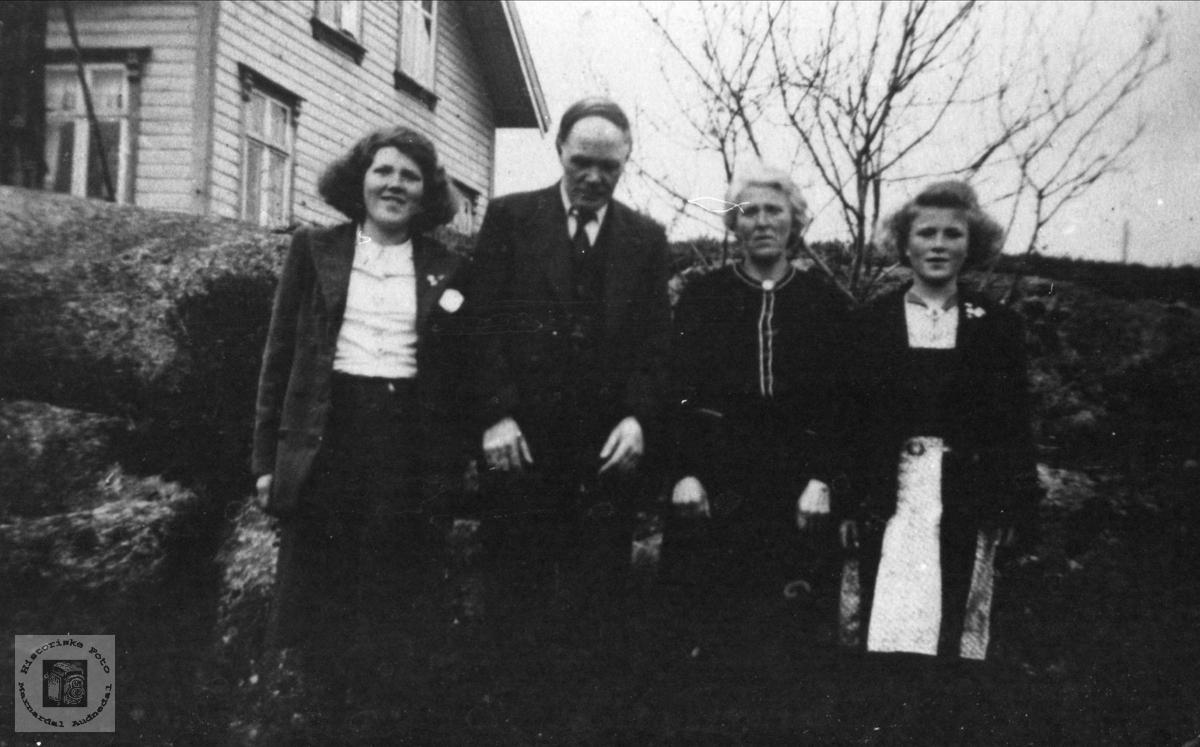Familiegruppe Jerstad, Øyslebø.