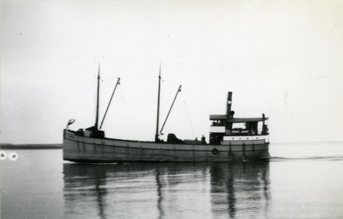 Ägare:/1910-45/: AB Sigfrid. Hemort: Göteborg.