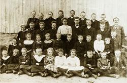 Elever ved Viblemo folkeskole. Konsmo senere Audnedal.