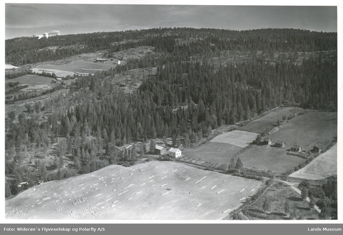 Skogstad, Enger. Søndre Land