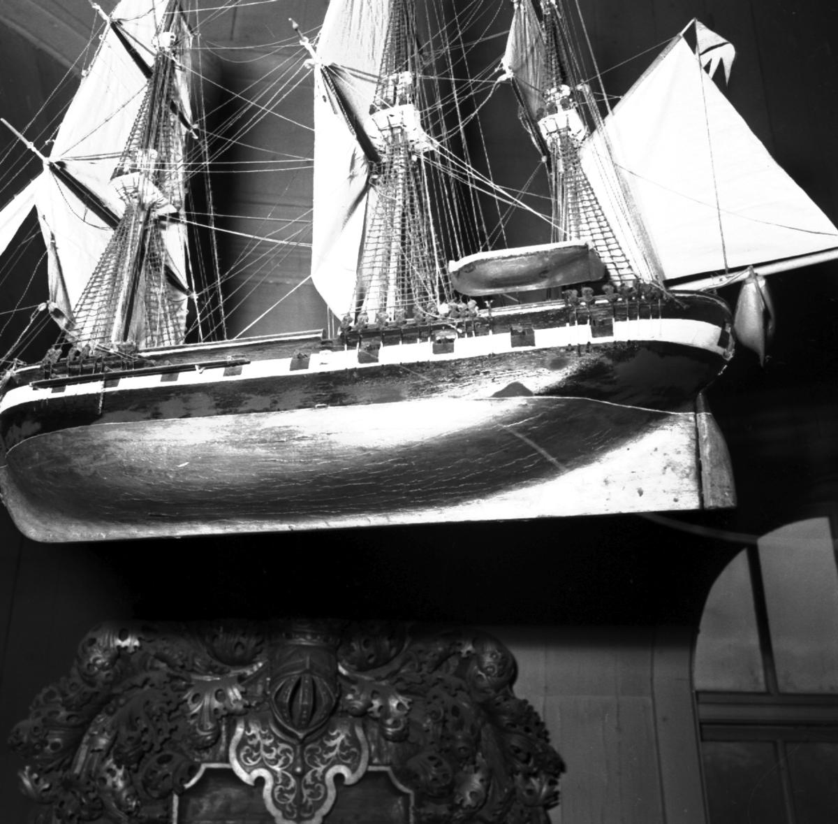 Övrigt: Karlskrona Fregatten Karlskrona i Amiralitetskyrkan