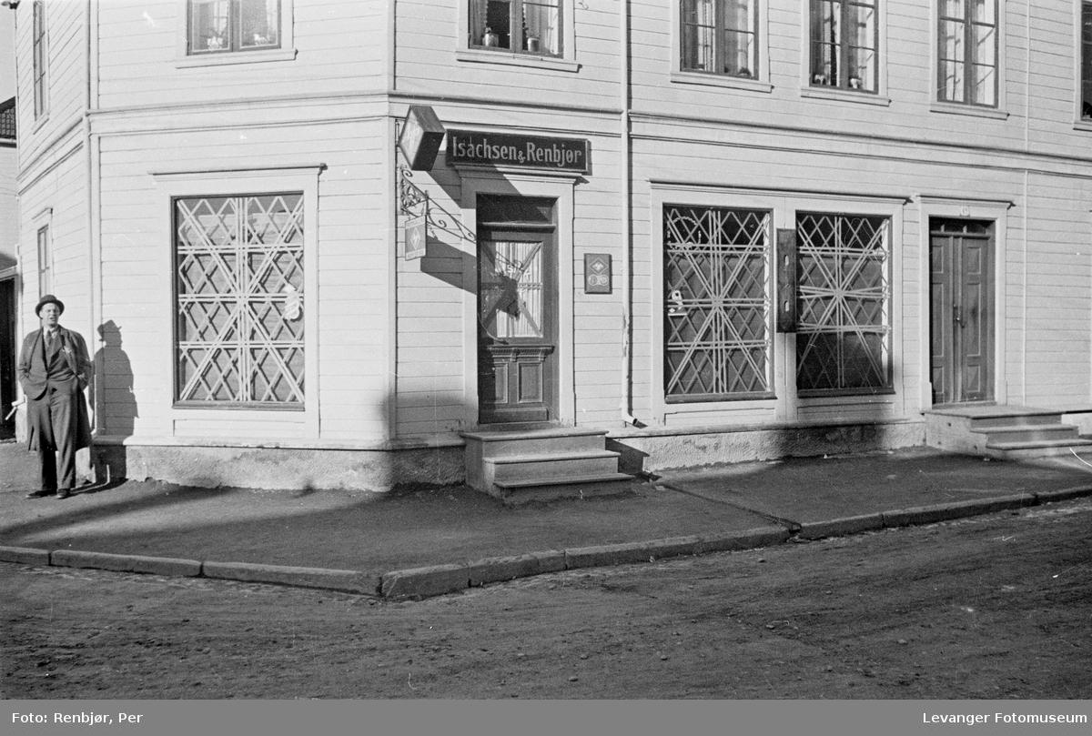 Hus, eiendom og mennesker i Levanger sikres i aprildagene 1940  III