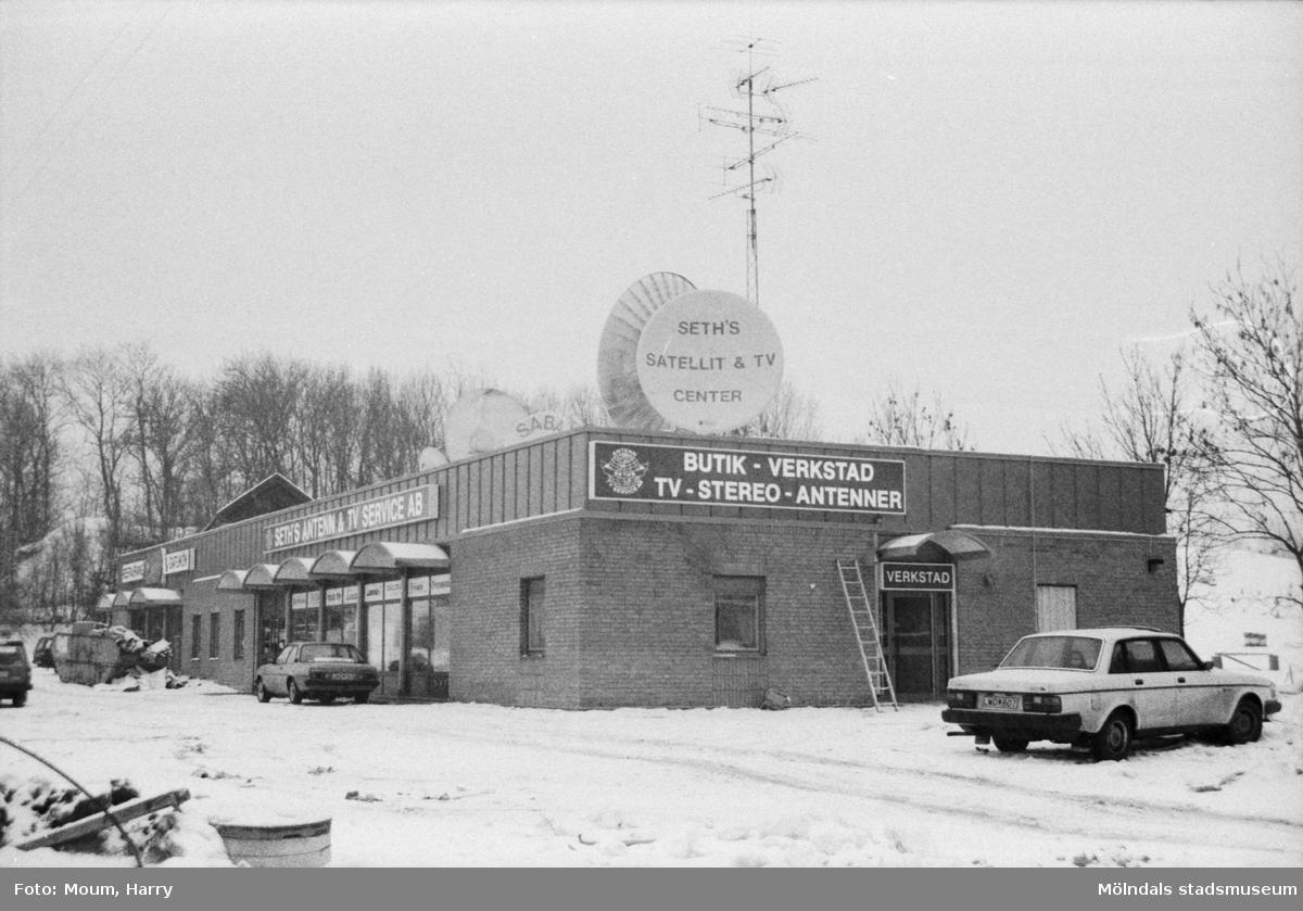 Det nybyggda Seth's Antenn och TV-service AB i Lindome, år 1985.  För mer information om bilden se under tilläggsinformation.
