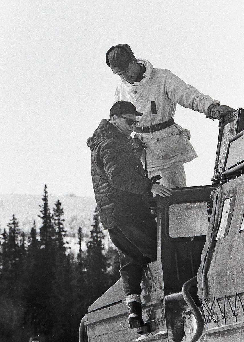 Vinterövning med bandvagn, I 21 Västernorrlands Regemente, Sollefteå.