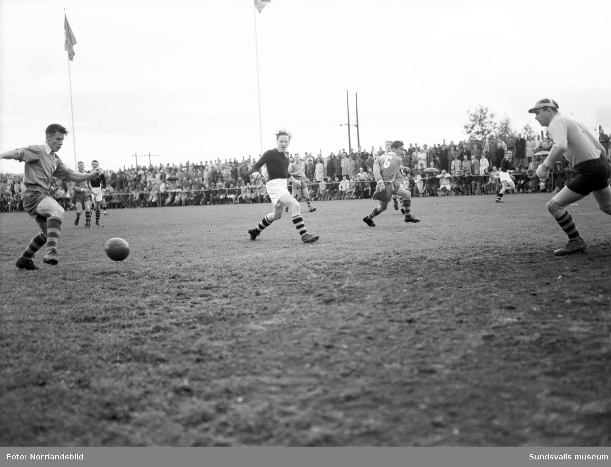 Fotbollsmatch i Fagervik. Rune Andersson, Ljunga.
