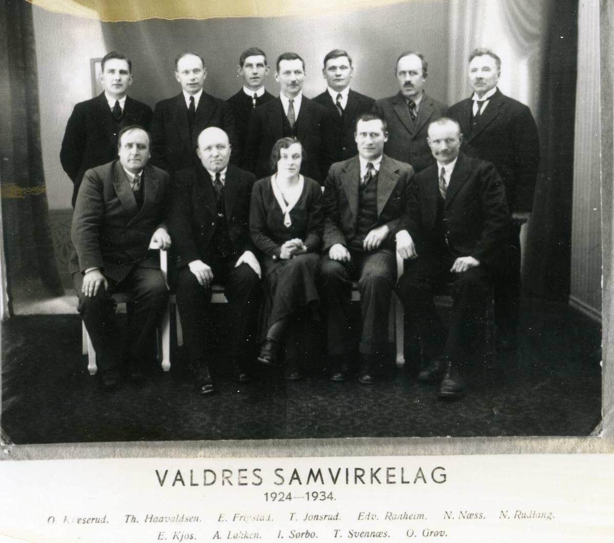 Styret i Valdres Samvirkelag 1924-1934, elleve menn og ei kvinne