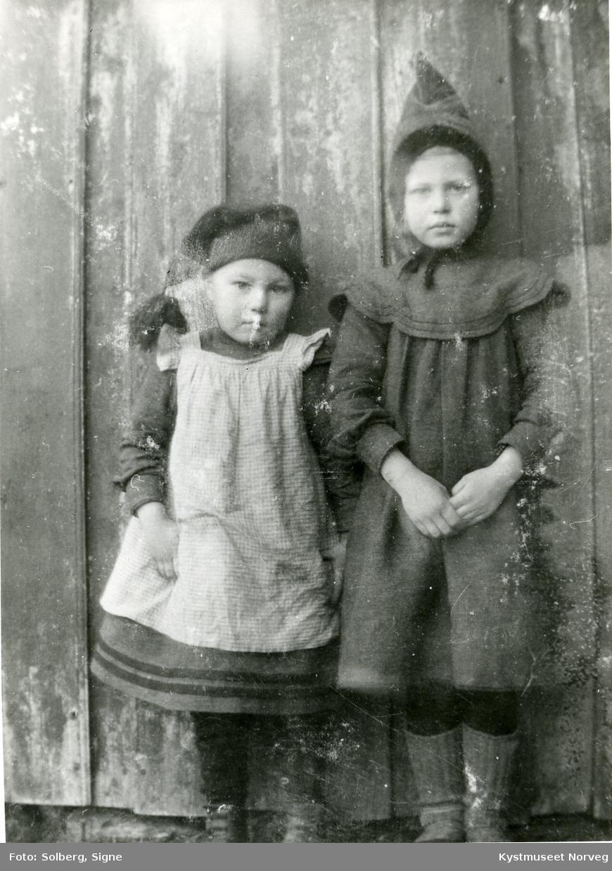 2 ukjente barn