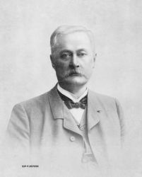 «Direktør C. G. Holmerz»