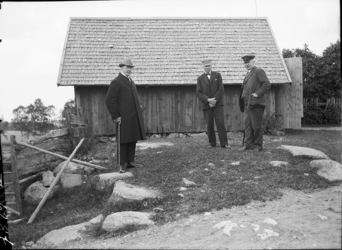 Platsen där minnesstenen över v Döbeln skall stå    Önne Järbo