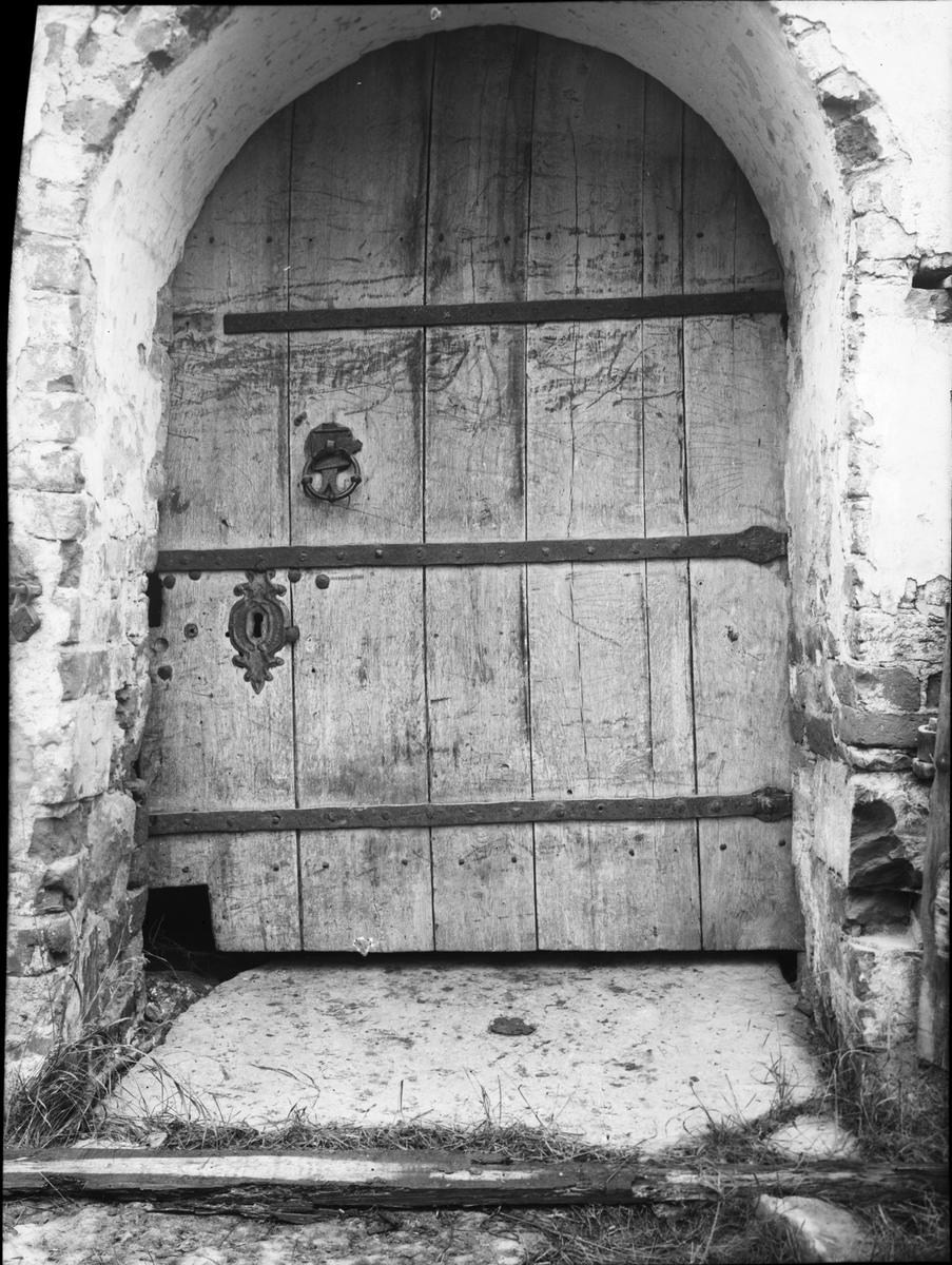Kyrkdörren  Tösse ödekyrka