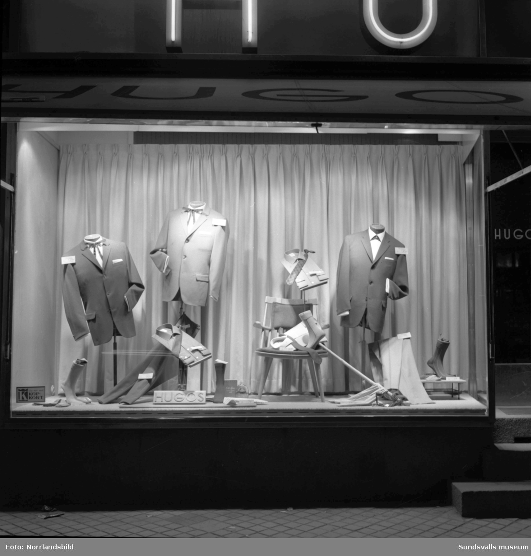 Skyltfönstren till Hugos herrekipering, Storgatan 16.