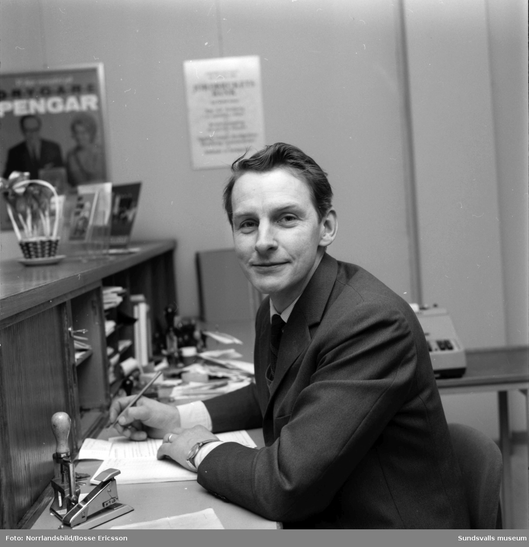 Sköns Jordbrukskassa, kamrer Martin Olsson, blivande riksdagsman (C).