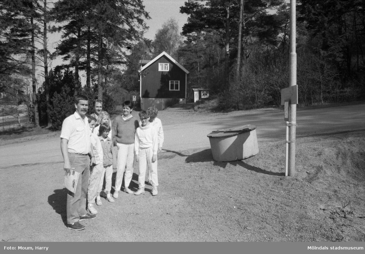 Poängpromenad på Sabemas område i Kållered, år 1985.  För mer information om bilden se under tilläggsinformation.