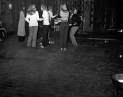 Reportagebilder från ungdomsgården Club Mysack vid Landsvägs