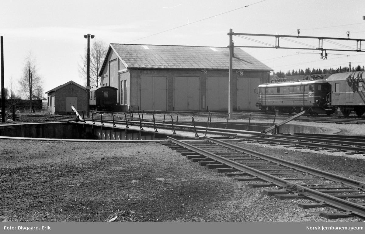 Lokomotivstallen på Ski stasjon