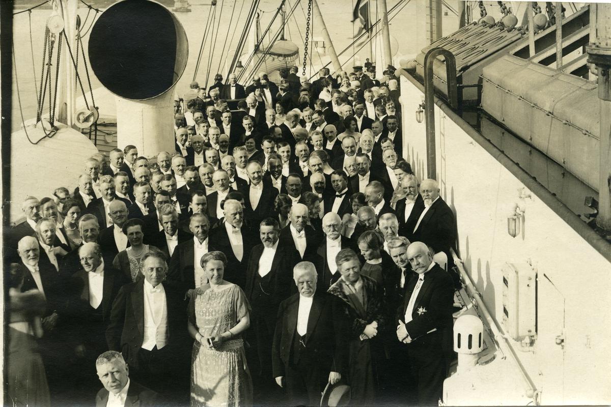 De nordiske interparlamentarikerene ombord på D/S Stavangerfjord 9. juni 1924