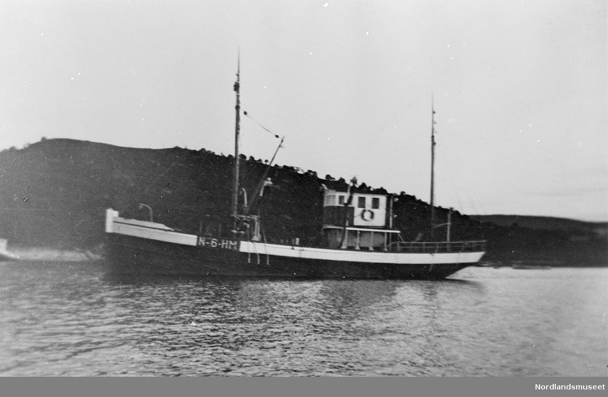 1 båt med registreringsnummer N-6 HM