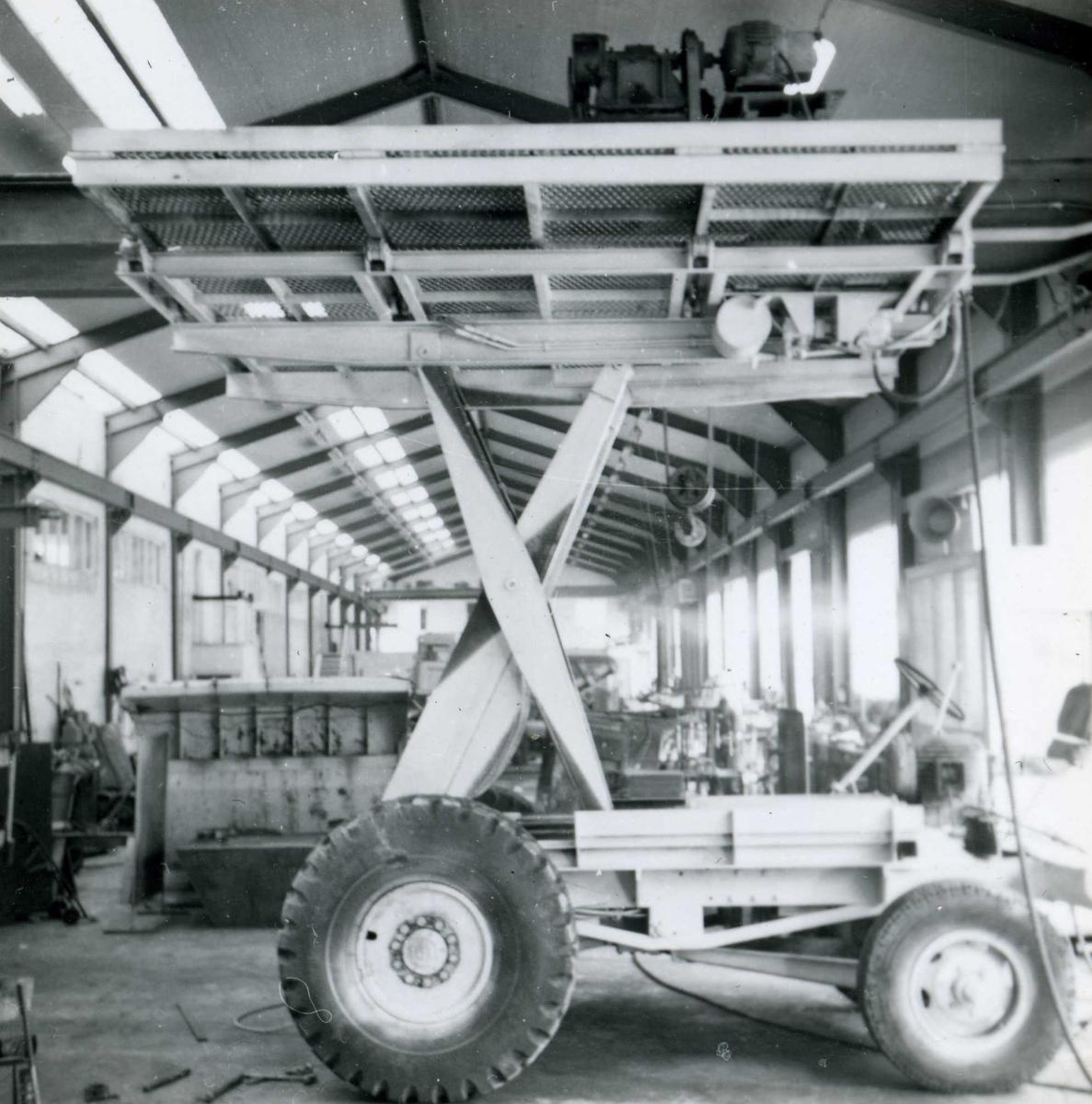 Dalen-lageret, maskiner