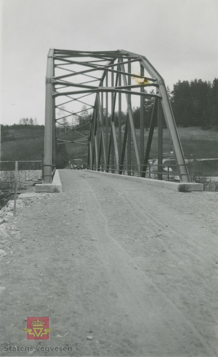 Album fra 1929-1943. Tallerås bru Dovre, 1932 i følge merking.