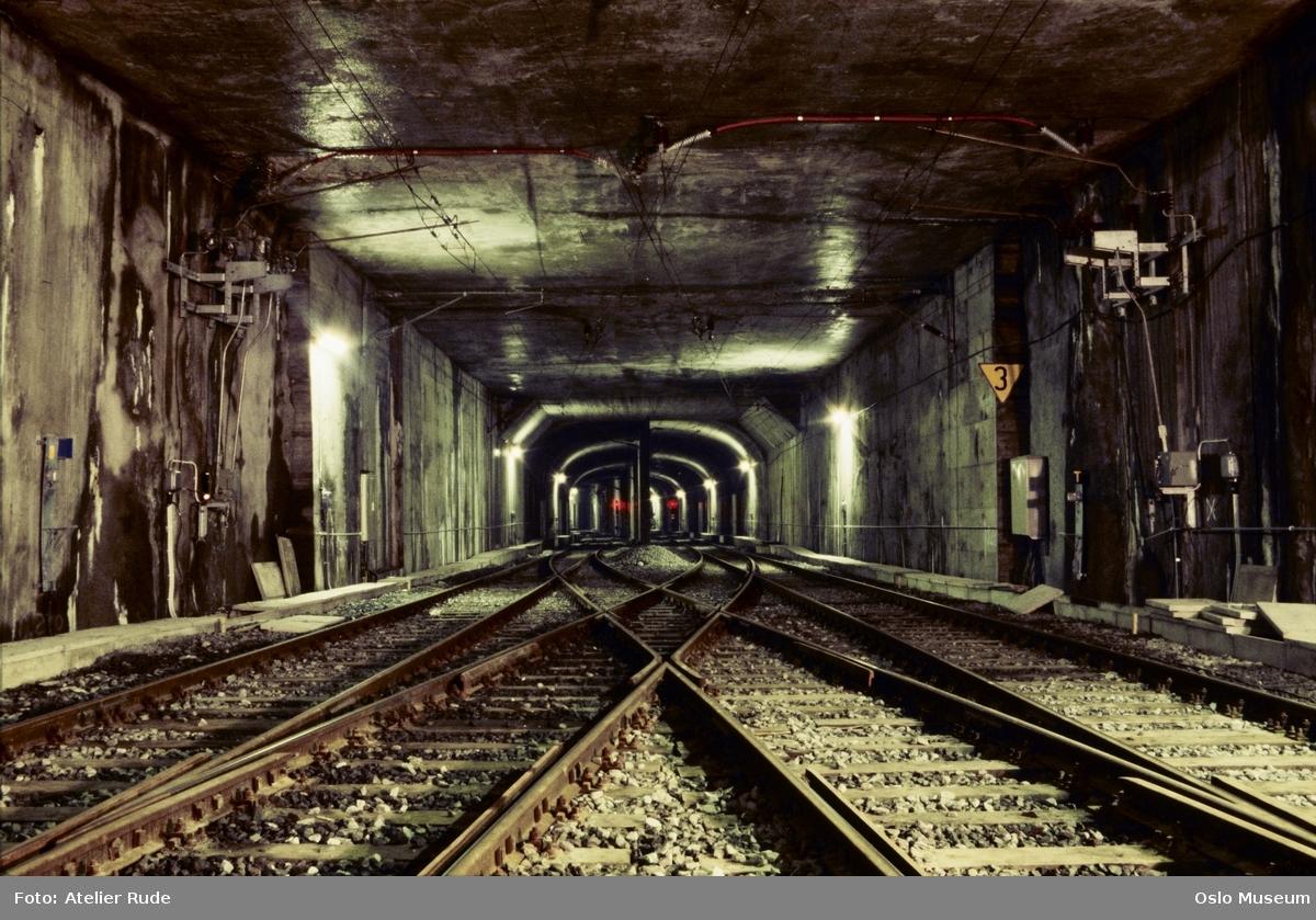 T-bane, tunnel
