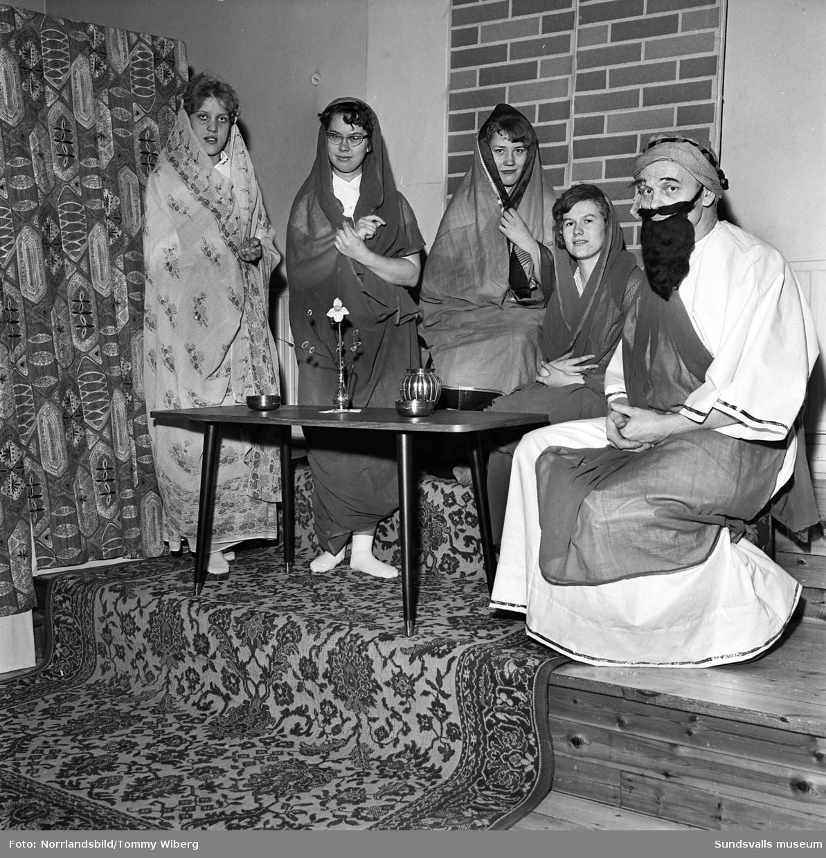 Frälsningsarmén har generalrepetition för bibelspel.