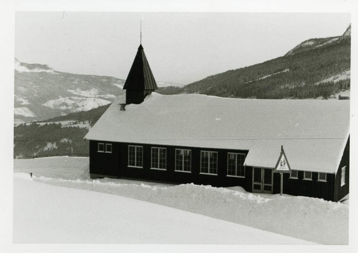 Reinli kapell. Kapellet ble innviet den 27.05.1965.