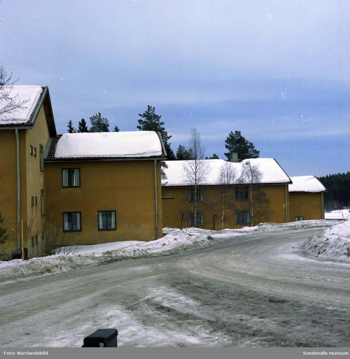 Exteriörbilder på byggnader vid Lv5 i Sundsvall.