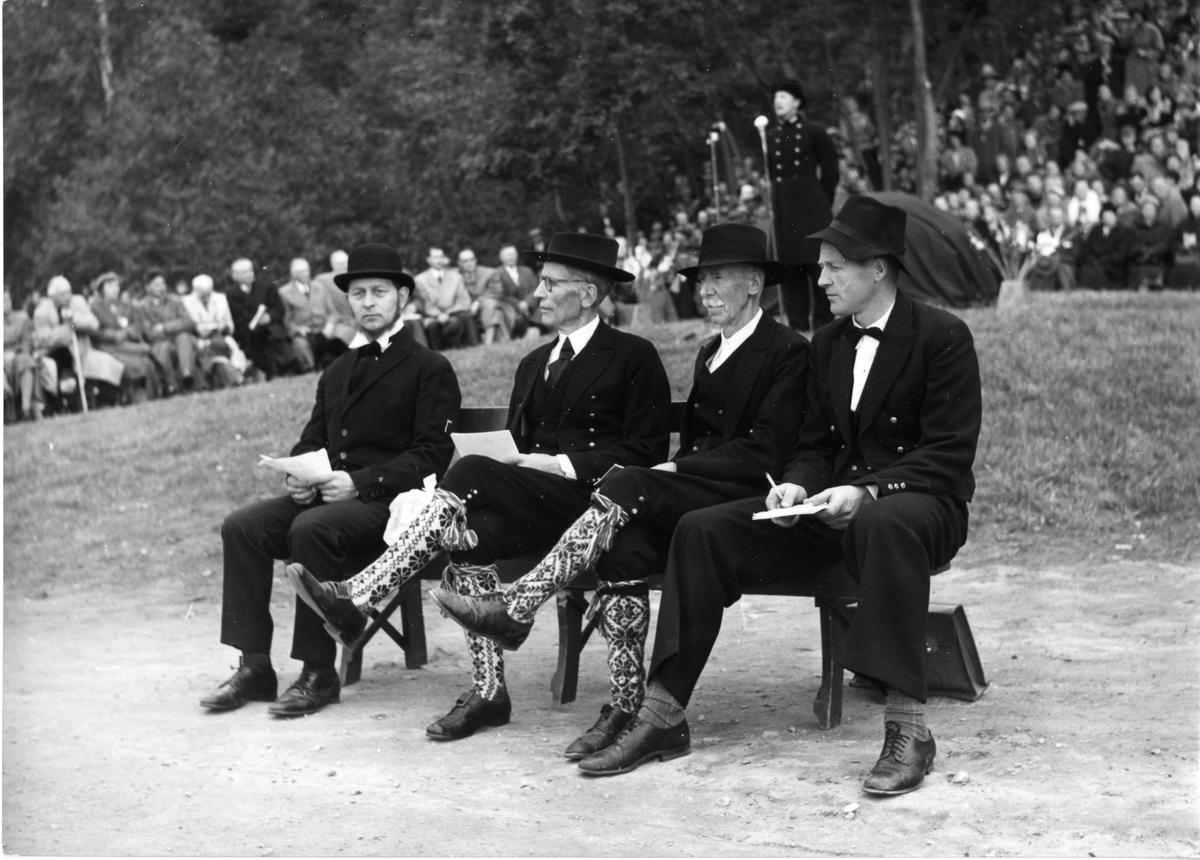 Klaus Amåen, Halvor V. Selstad, Hans Omland og Gunnar Omland.
