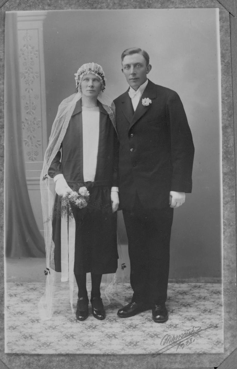 Brudeparet Ragna og Johan Østby, Båstad.