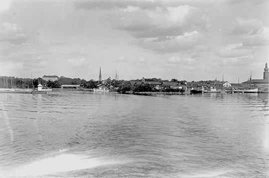 Vy över staden från Elbafärjan, Västerås.