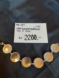 Lilje Sølvarmbånd med 6 ledd. kr 2.200,- (Foto/Photo)