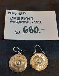 Ørepynt hengende stor. kr 680,- (Foto/Photo)