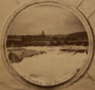 Historisk bilde, Mynta og fossen (Foto/Photo)