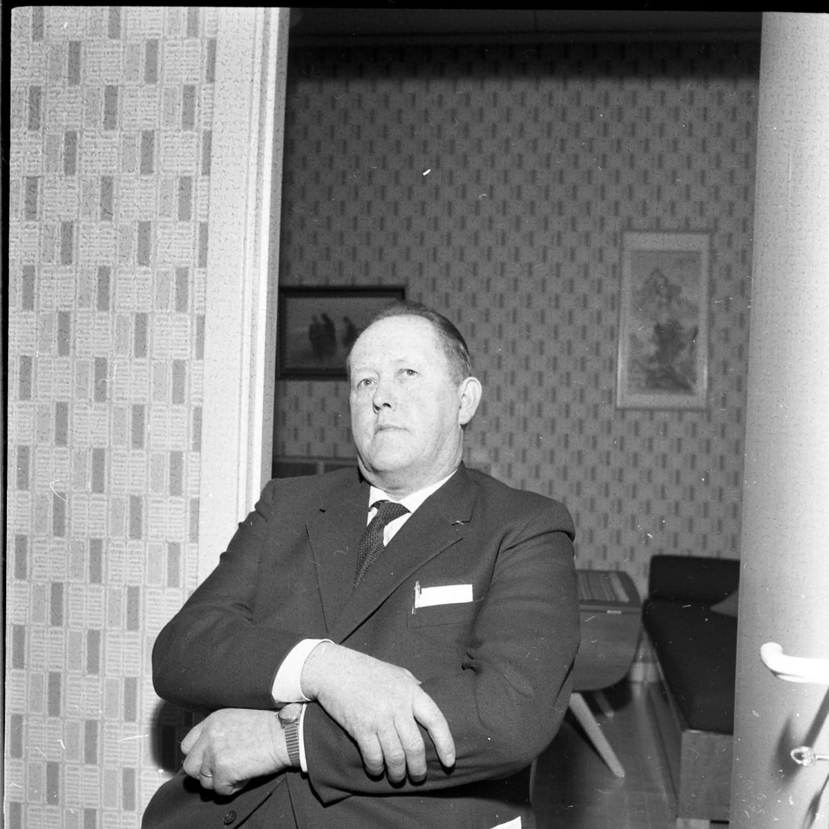 Porträtt av Henry Larsson, kommunalnämndens ordförande.