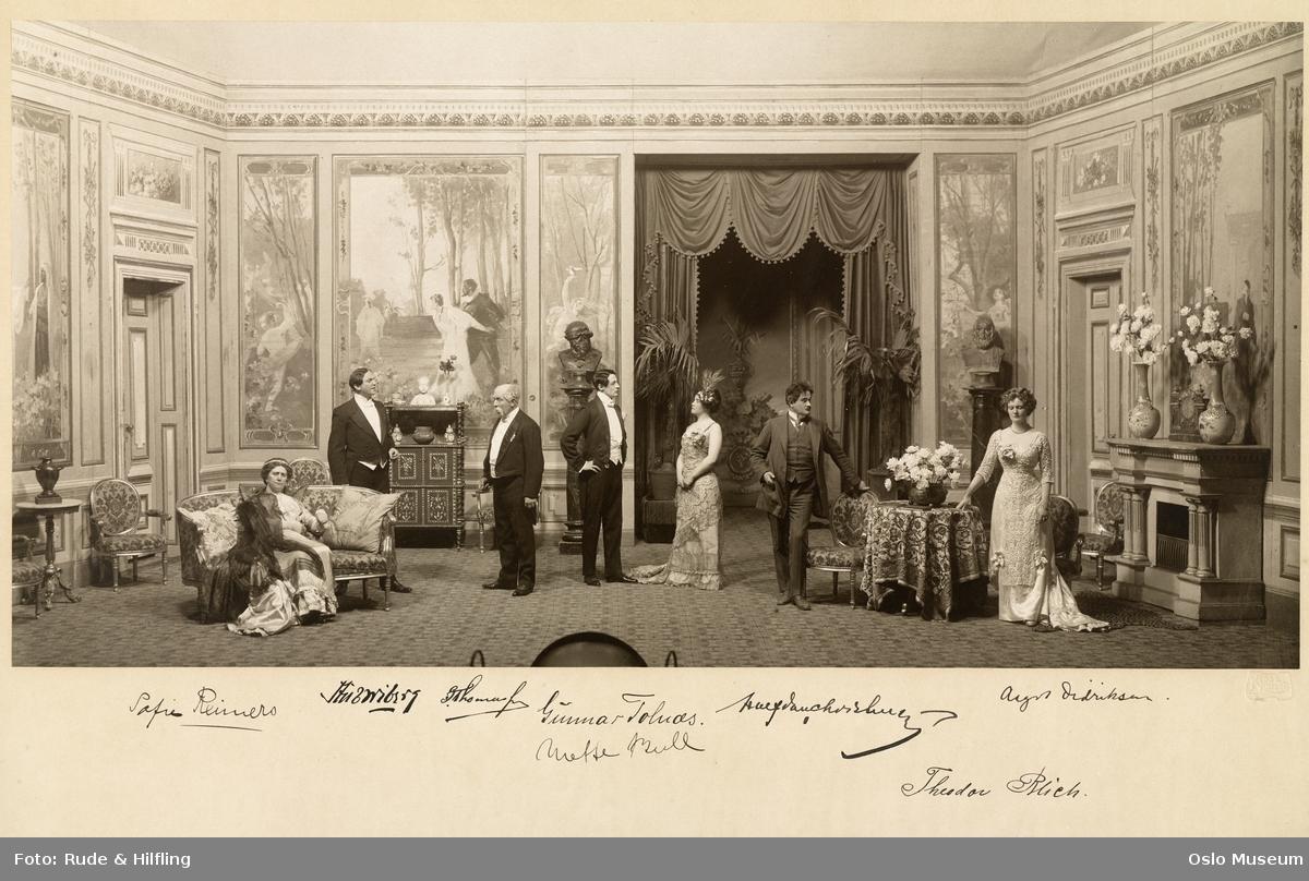 """Nationaltheatret, forestilling, scenebilde, """"Samson"""" av Henry Bernstein, menn, kvinne, skuespillere"""