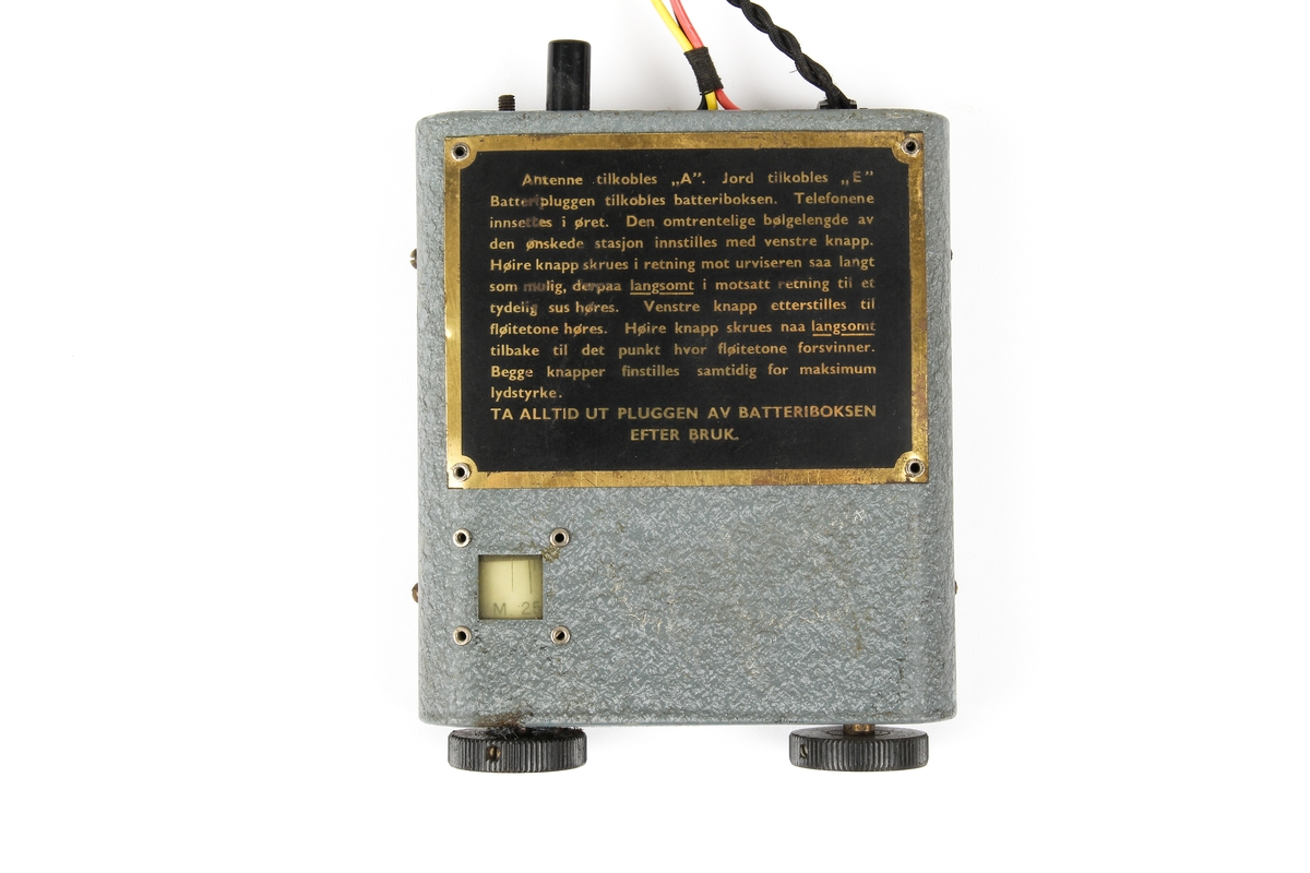 Sweetheart radio med batteriboks og øretelefoner